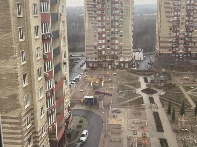 В Донецке много желающих продать недвижимость.