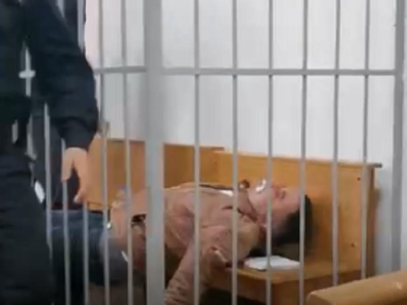 Еще один белорусский политзаключенный пытался покончить с собой.