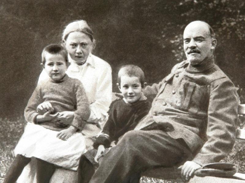 История любви Ленина и Крупской.