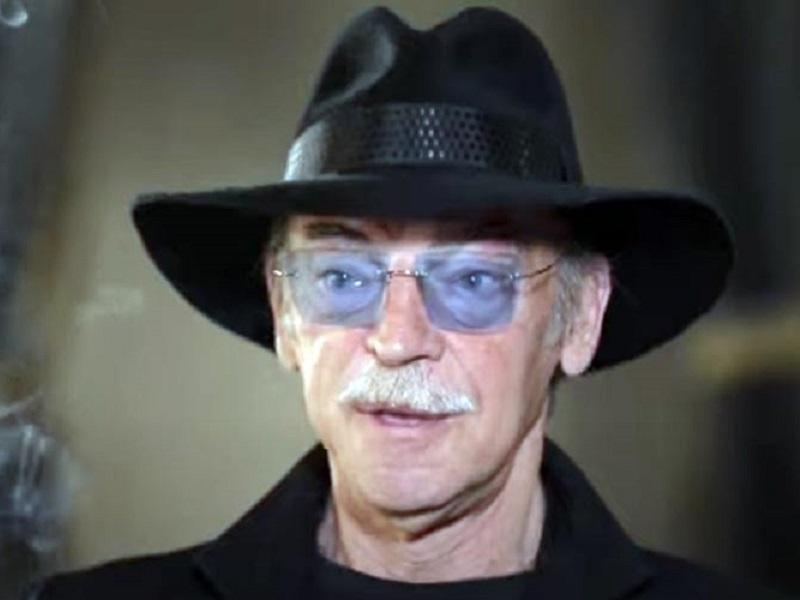 Боярский назвал условие, при котором он съест свою черную шляпу.