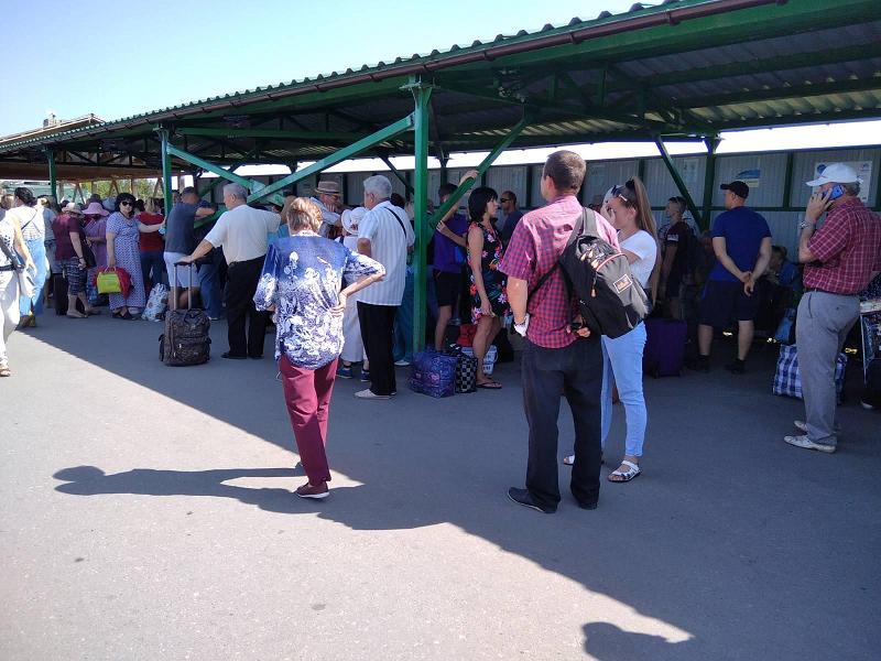 В ОРДО нарастает возмущение дончан по поводу закрытых КПВВ.