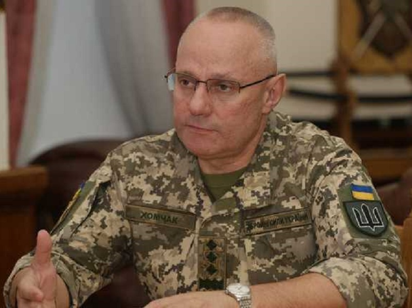 Хомчак уволен с должности главнокомандующего ВСУ.