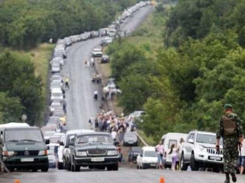 Дончане требуют от Пушилина прекратить «мониторить» ситуацию и открыть КПВВ.