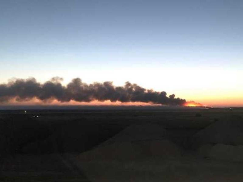 Пожар на свалке в Крыму