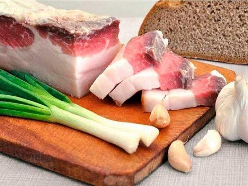 Какие полезные свойства сокрыты в свином сале.
