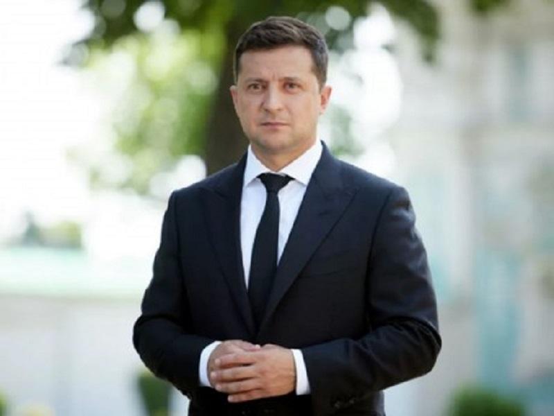 В сетях бурно обсуждают шутку Зеленского над Виктором Януковичем.
