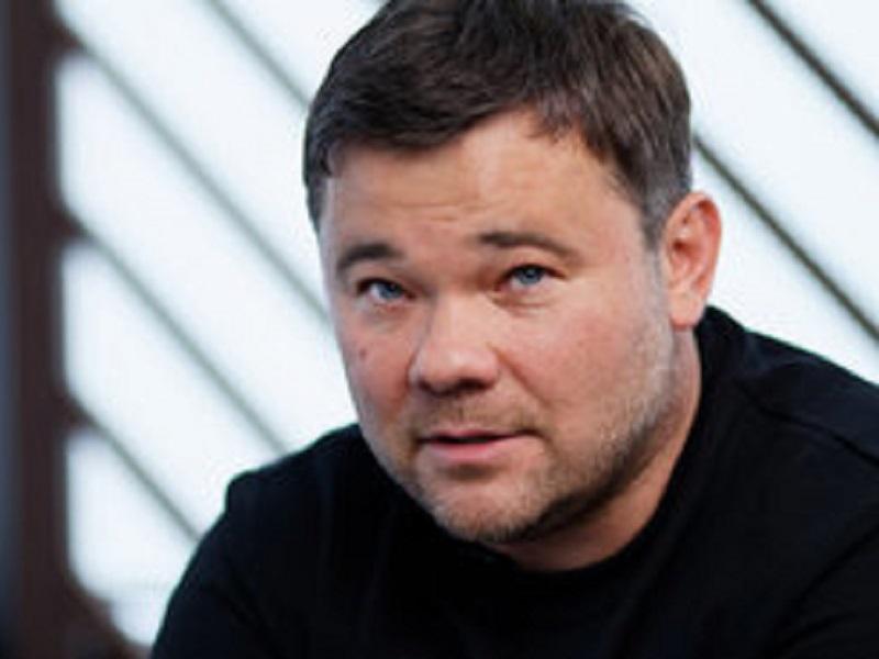 Богдан сделал предложение Чаусу о защите его в суде.