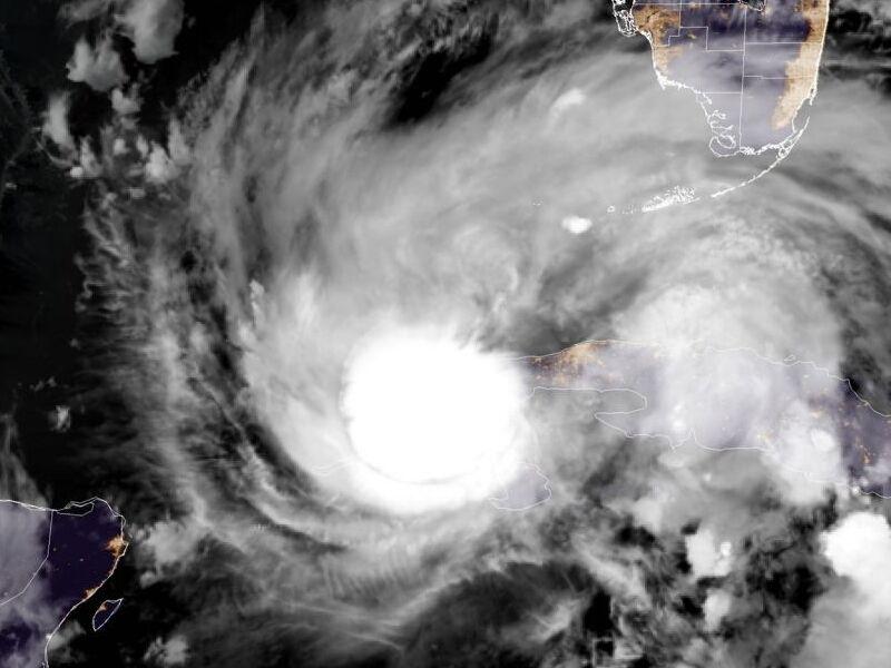 На США обрушился ураган Ида