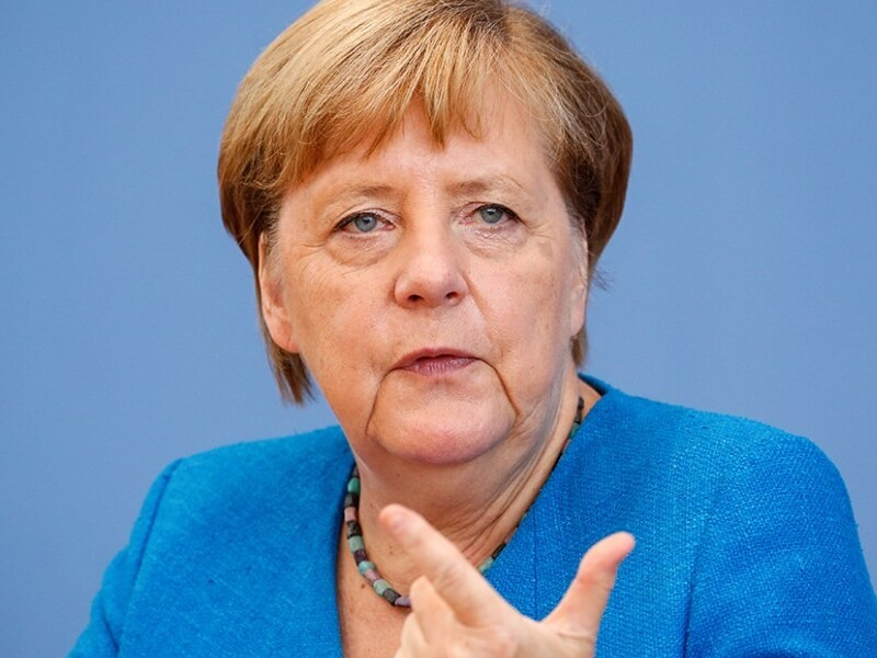 Меркель озвучила имя своего преемника