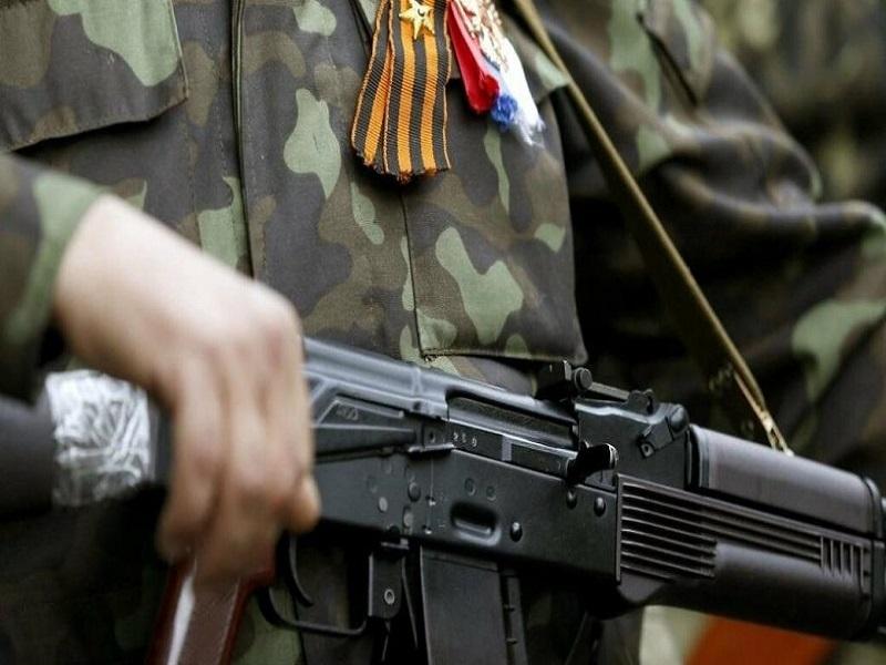 Песков рассказал, что все «ихтамнеты» на Донбассе неофициальные.