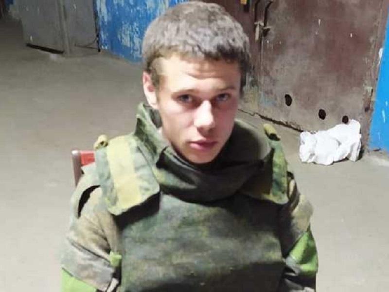 Вооруженный боевик из НВФ сдался в плен украинским военным.