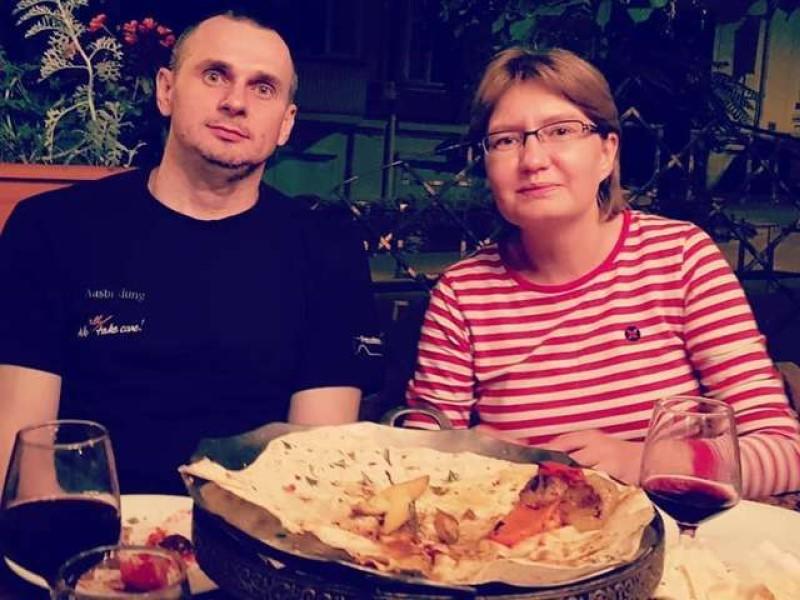 Олег Сенцов с сестрой