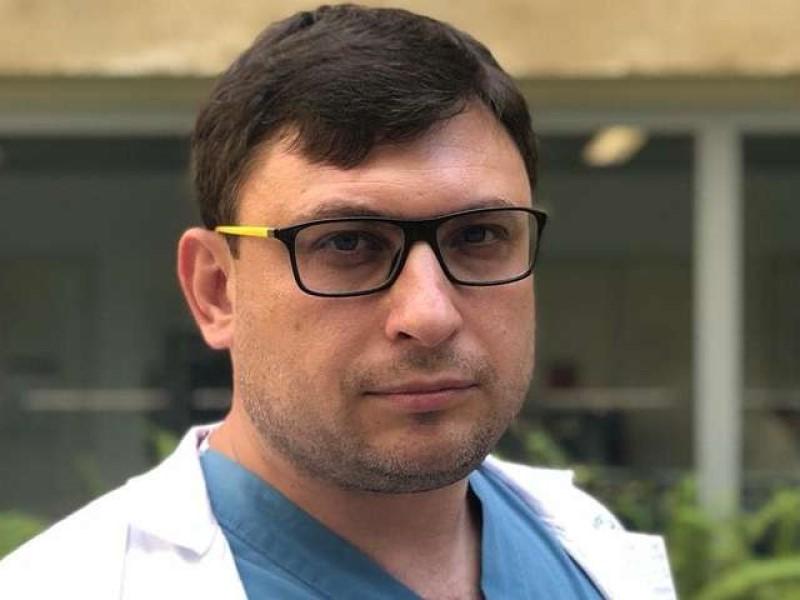 Израильский врач