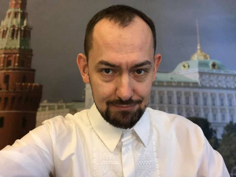 украинский журналист, который работает корреспондентом в Москве