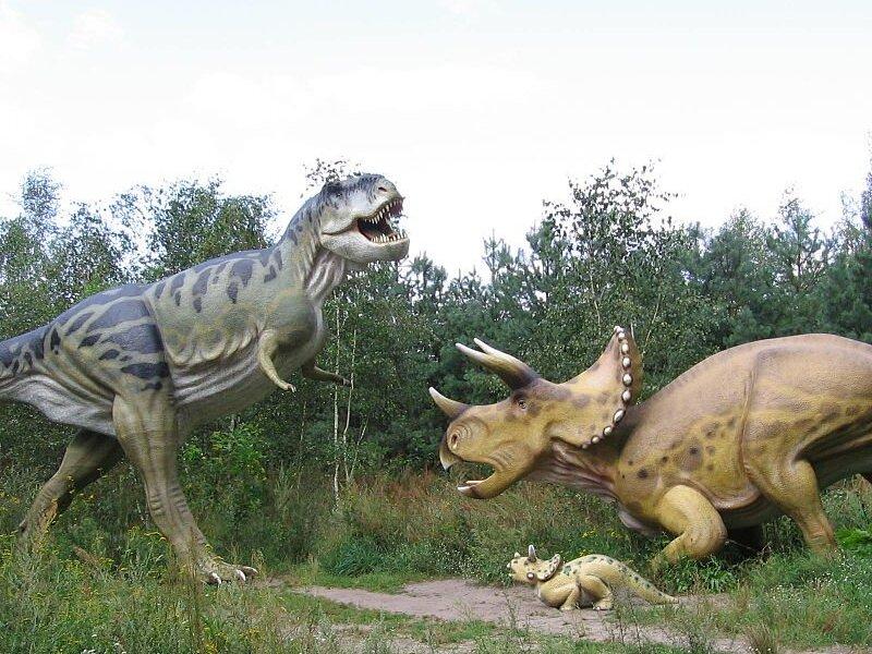 Динозавр альфа-самец - улугбекзавр