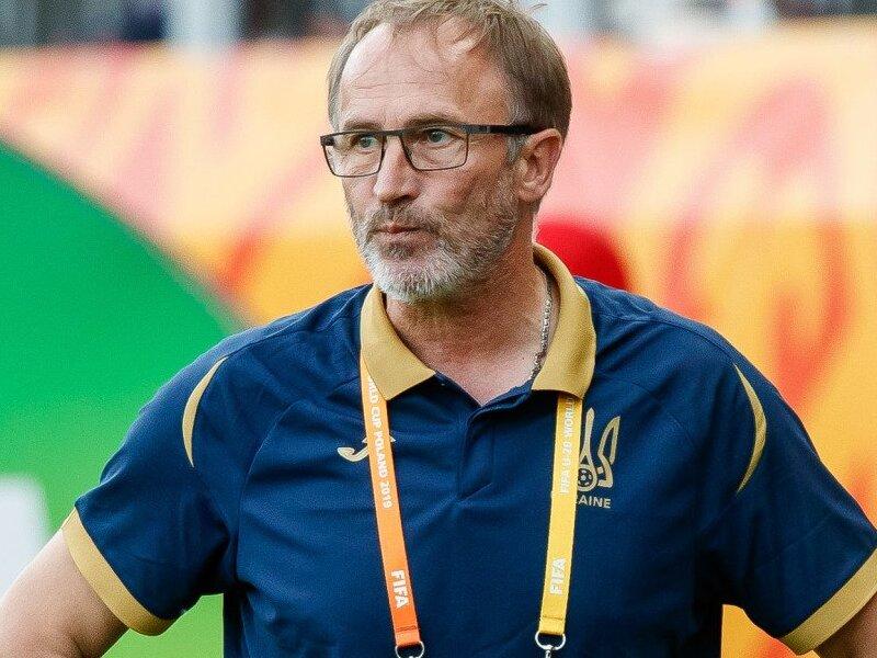 Тренер сборной Украины Петраков