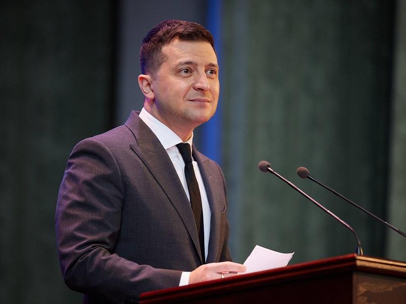 Зеленскому нужно принять три правильных решения для укрепления своего рейтинга.