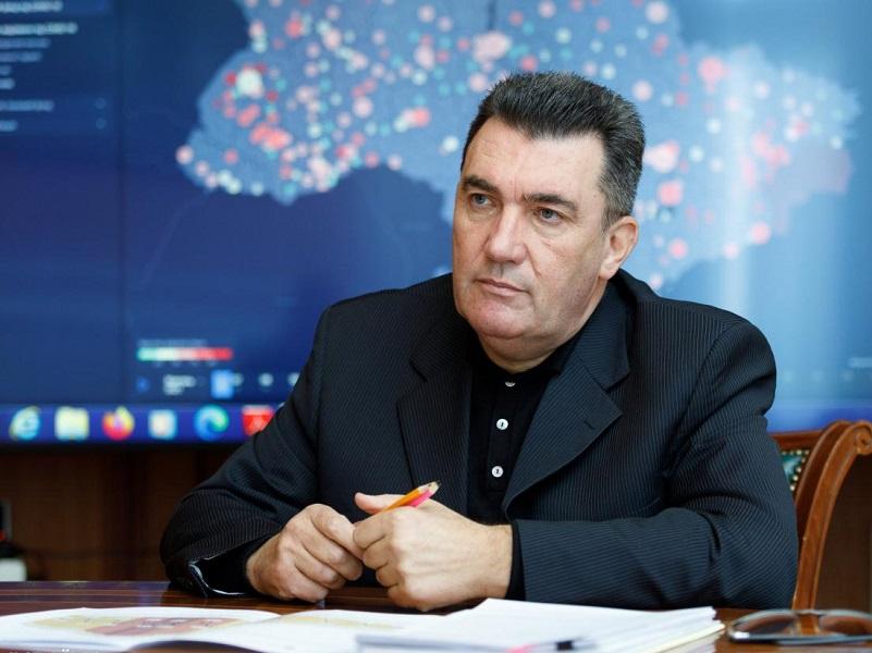 Данилов рассказал, будет ли в Украине двойное гражданство.