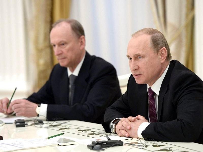 Как долго еще Путин будет сидеть в Кремле.