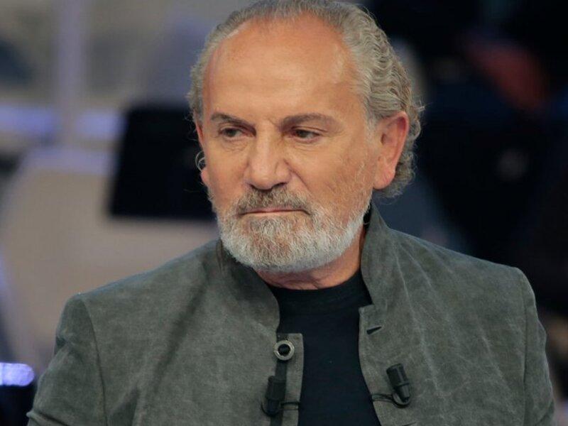 Ведущий Савик Шустер