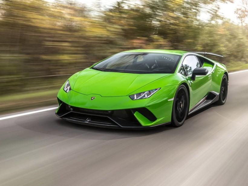 «Мажор» на Lamborghini едва не сжег свой автомобиль от радости (ВИДЕО)