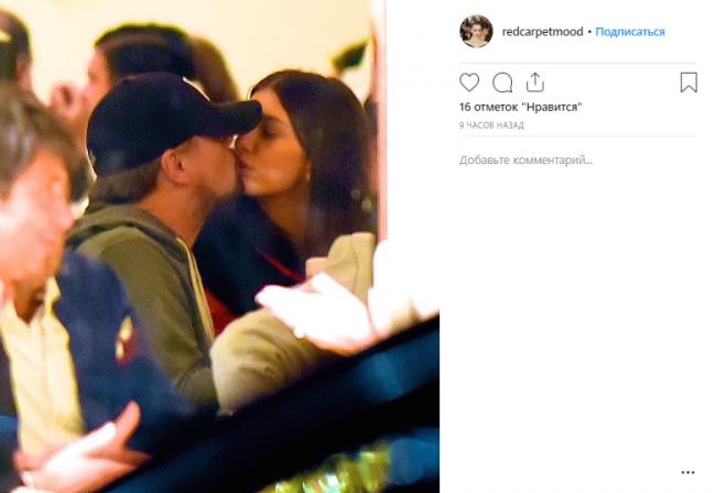 44-летнего Ди Каприо застукали за поцелуями с молоденькой моделью (ФОТО)