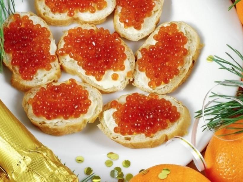 А. Дорошенко: «К Новому году украинцев ожидает подешевевшая икра, акционный алкоголь и недорогие мандарины»