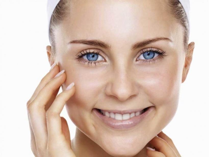 Сам себе косметолог: Зимой жирной коже требуется постоянное увлажнение