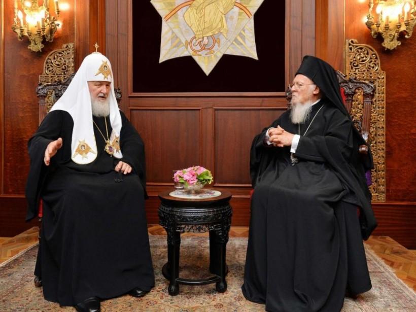 Томос раздора: Мировое православие раскололи без пользы для Украины