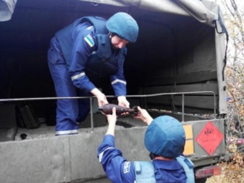Мины и гранаты обнаружили под Мелитополем