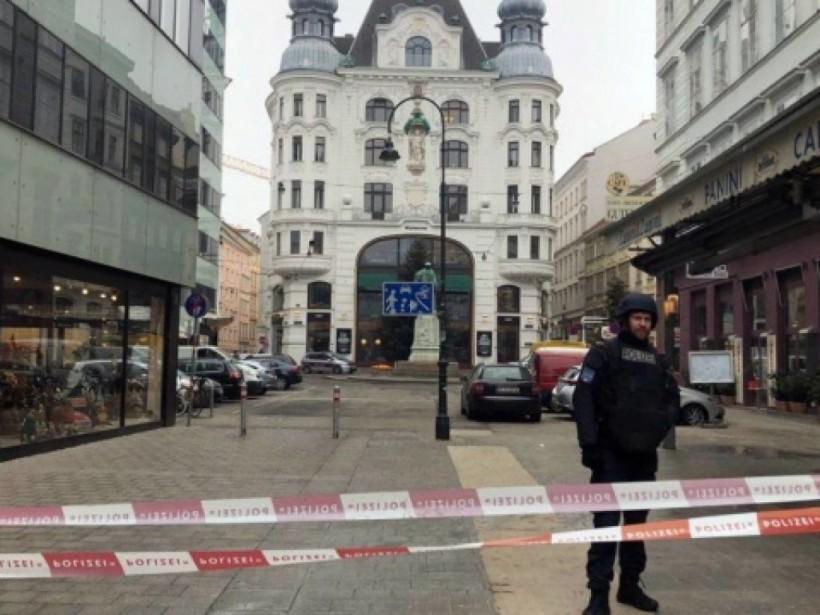 Жертвы стрельбы в Вене общались на одном из славянских языков