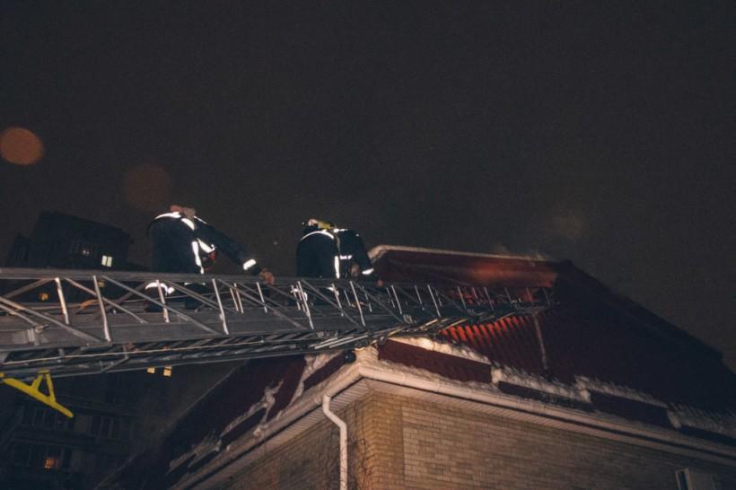 Пожар в офисном столичном центре: пожарные провели эвакуацию (ФОТО, ВИДЕО)