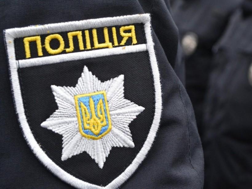 В Харькове мужчина ограбилзал с игровыми автоматами и ранил охранника