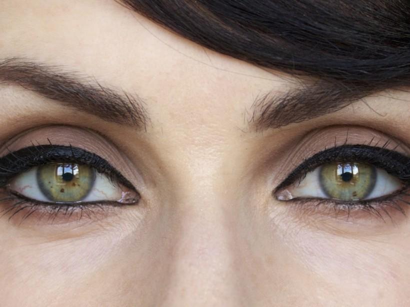 Сам себе визажист: Как с помощью макияжа «распахнуть» глаза и сделать взгляд кошачьим