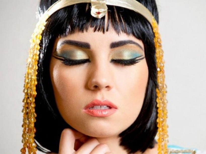 Сам себе косметолог: Древний рецепт Клеопатрывысоко оценят современные красотки